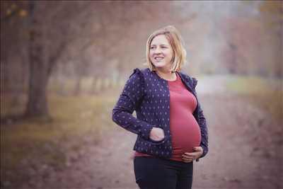 Shooting photo réalisé par Cynthia intervenant à Metz : photographe grossesse à Metz