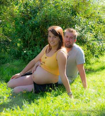 Exemple de shooting photo par Karine à Bourg-en-bresse : photo de grossesse