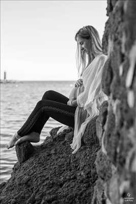photo numérisée par le photographe CYRILLE à Cannes : shooting grossesse