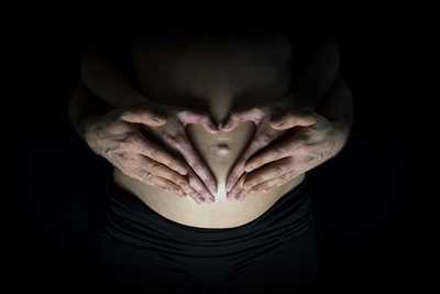 Shooting photo effectué par le photographe Stéphane à Rennes : photographe grossesse à Rennes