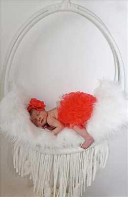 Shooting photo effectué par le photographe MARION KELI à Toulouse : photo de naissance