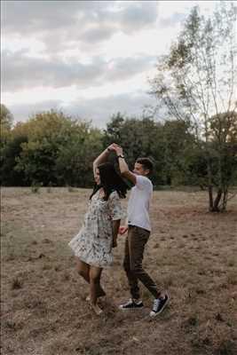 Shooting photo effectué par le photographe Adeline à Toulouse : photo de mariage