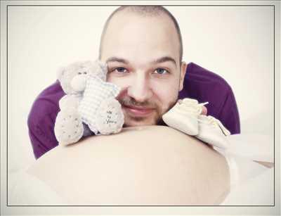 Shooting photo effectué par le photographe jerome à Saint-Etienne : photo de grossesse