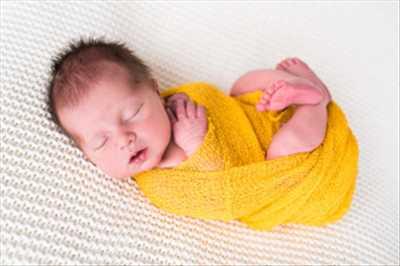 Shooting photo réalisé par Elodie intervenant à Colmar : shooting pour une naissance