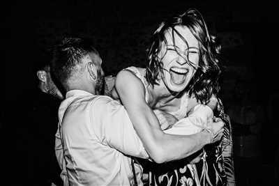 Shooting photo effectué par le photographe Coralie à Lyon : shooting photo spécial mariage à Lyon
