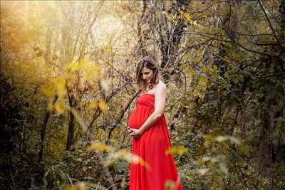 photo prise par le photographe Céline à Toulouse : photographie de grossesse