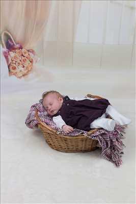 Exemple de shooting photo par Mickaelle à Étampes : photo de naissance