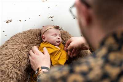 Shooting photo effectué par le photographe Mathilde à Metz : photographe pour bébé à Metz