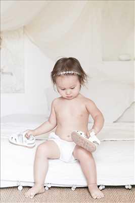 Shooting photo effectué par le photographe florence à Aix-en-provence : photographe pour bébé à Aix-en-provence