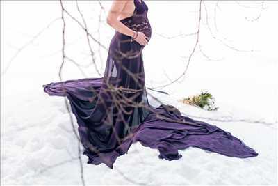 photo numérisée par le photographe Mona à Chamonix-mont-blanc : shooting grossesse