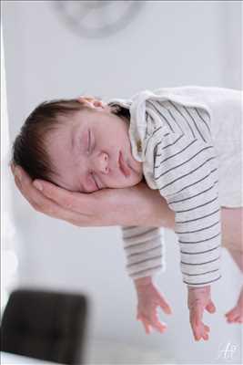 Shooting photo réalisé par Alexia intervenant à Annecy : photographie de nouveau né